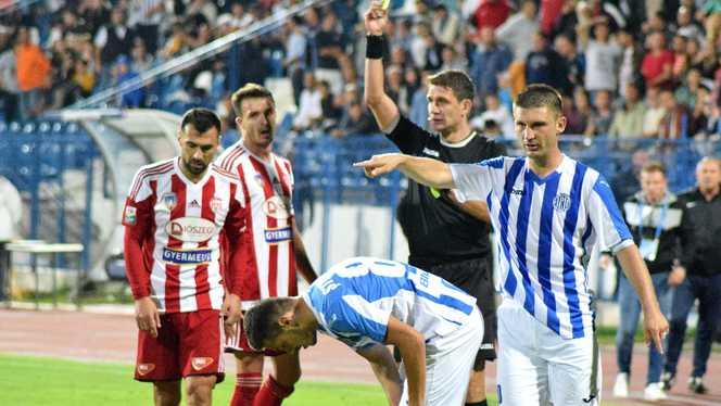 Rezumat: CFR Cluj - Poli Iasi 1 - 0 (1-0) - YouTube   Poli Iasi