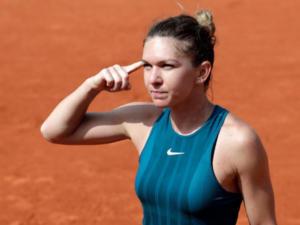 Totul despre loviturile corecte in tenisul de camp: tehnica si exemple