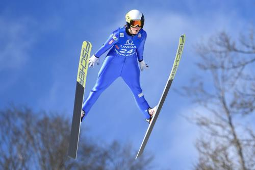 stilul h sarituri ski