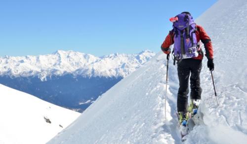 ski de tura echipament