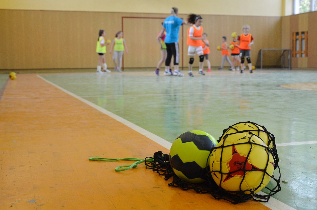 Handbal. Reguli de bază și scurt istoric