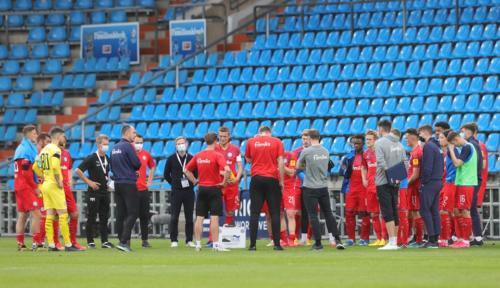 Ponturi Holstein Kiel-Arminia Bielefeld fotbal 30-mai-2020 Bundesliga 2