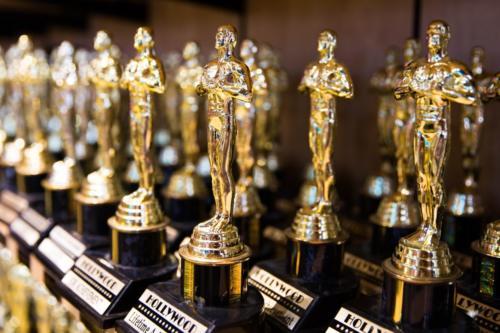 Au apărut cotele pentru câștigătorii la Oscaruri în 2021. Oferta integrală a bookmakerilor și care sunt marii favoriți!