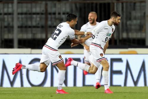 Ponturi Cosenza-Juve Stabia fotbal 31-iulie-2020 Serie B